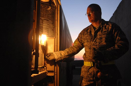 In Tight Labor Market, Companies Find Veterans Faster to Hire, Easier to Retain